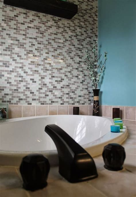 Glass Tile Accent Wall Bathroom Diy Glass Tile Accent Wall In Master Bathroom Hometalk