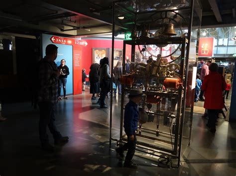 exploratorium a search and where is cookie san francisco s exploratorium offers eye popping time with wonders of science