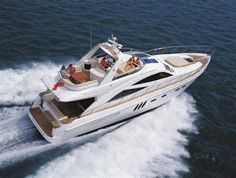 sealine  power    boats  sale wwwyachtworldcouk