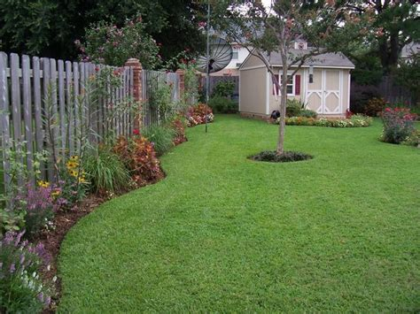 backyard teenage retreats small backyard retreats 187 backyard and yard design for village