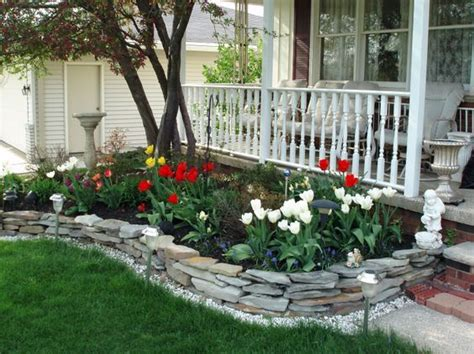 Plain Garden Ideas Best 25 Small Front Yard Landscaping Ideas On Driveway Landscaping Corner Lot And