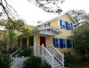light yellow house top 50 brown yellow houses with white trim light