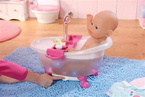 Badewanne Baby Born by Baby Born Interactive Badewanne