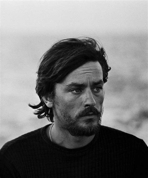 Alain Delon 23001 Black alain delon moins connu avec sa barbe du charme en veux tu back in black