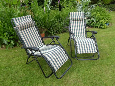 garden reclining sun loungers garden chair set of 2 padded green check sun lounger