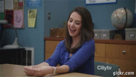 alison brie gifs find on giphy alison brie community gif find on giphy