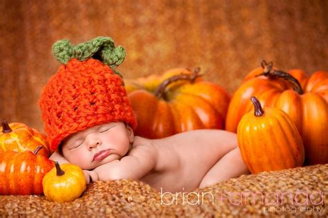 baby pumpkin and pumpkin photography ideas