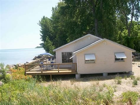beach house side the beach house discover pelee island