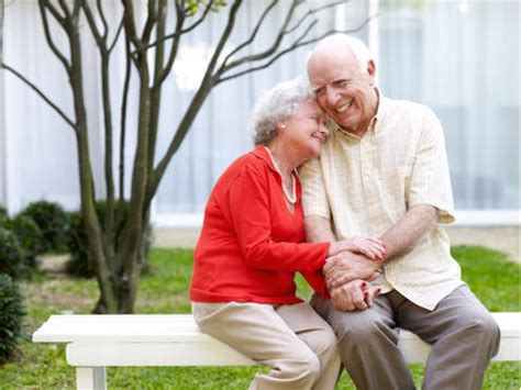 Filsafat Hidup Bahagia hidup bahagia sai kakek nenek tidak cukup oleh daniel