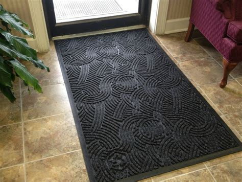 Floor Mat For Home Entrance Waterhog Plus Entrance Mats Are Waterhog Mats By American