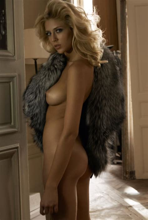 Showing Xxx Images For Fur Coat Boobs Tits Xxx Fuckpix Club