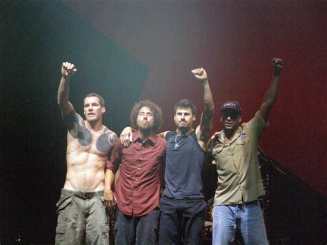 Rage Against The Machine 15 guerrilla guitar ratm linea de tiempo parte 4 2007