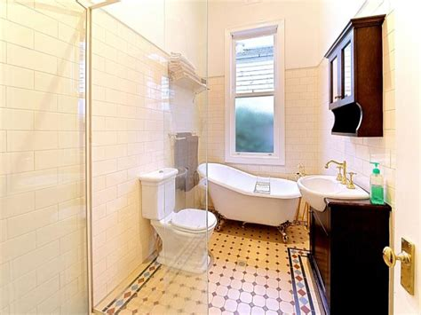 Low Country Style Homes by French Provincial Bathroom Design With Claw Foot Bath Using Tiles Bathroom Photo 524797