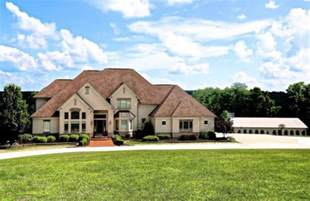 our county ohio homes for sale with big garages and