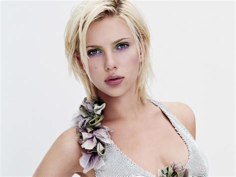 Johansson Criminally In Vogue by Johansson S From Sci Fi