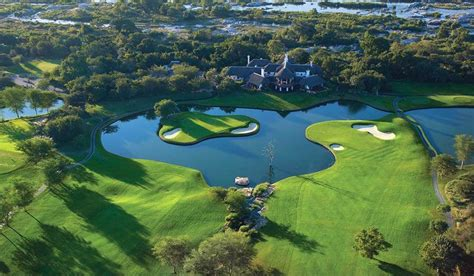 Top 10 World's Most Beautiful Golf Course Club 2014