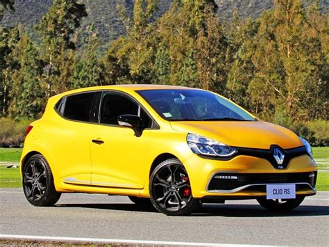 renault yellow renault clio yellow color car pictures images