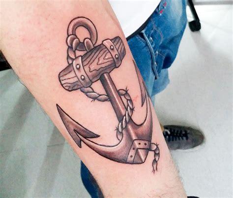 tattoo old school ancora tatuaggio ancora storia significato e 200 foto a cui