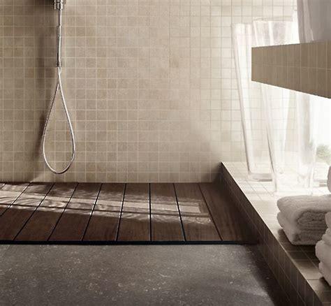 rivestimenti docce rivestimento piatto doccia