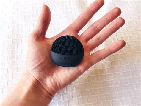 Foreo 2 100 Original the house of foreo play