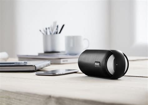 Sony Hates Wires So Launches A New Bluetooth Range by Philips Launches Bt6000 And Bt6600 Wireless Portable
