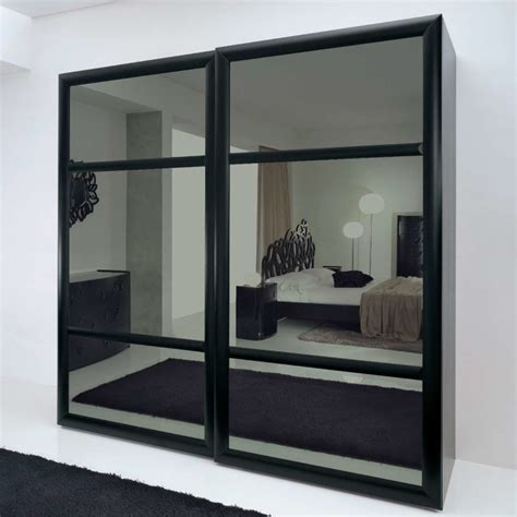 Mirrored Sliding Closet Doors For Bedrooms by Bedroom Decorating Small Bedroom Sliding Door Wardrobe