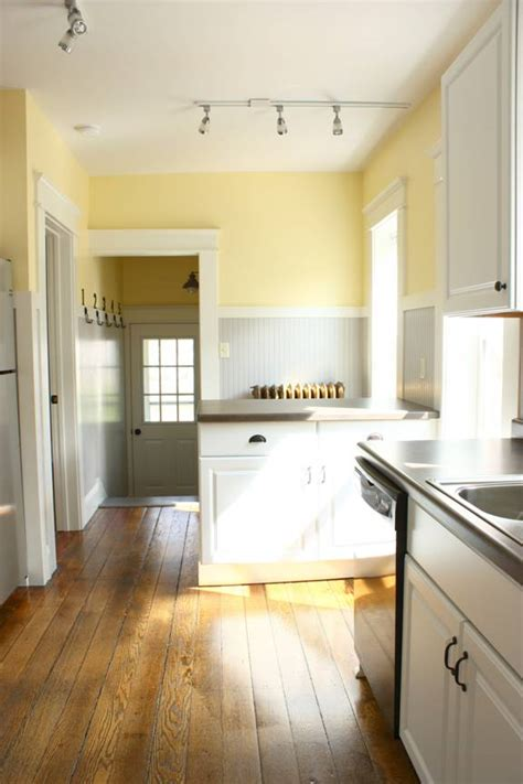 Yellow Walls And Gray Floor Kitchen Color Scheme Pale Yellow Grey White Charm For