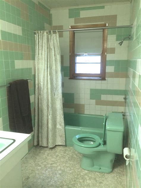 Shower Curtain Ideas For Small Bathrooms 35 Seafoam Green Bathroom Tile Ideas And Pictures