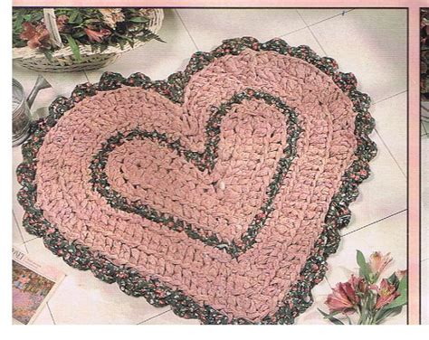 heart pattern rugs heart shaped rag rug crochet pattern by yarnaroundhook on