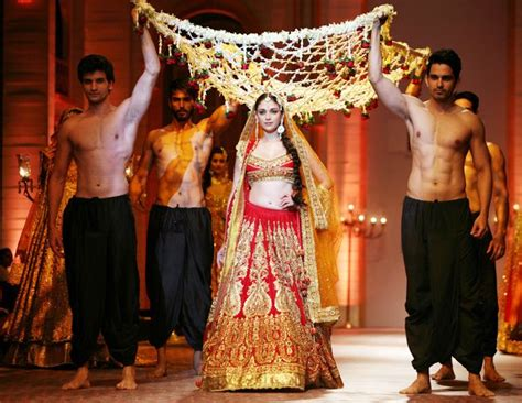 Wedding Song Entry by 57 Best Indian Wedding Grand Entry Ideas Images On