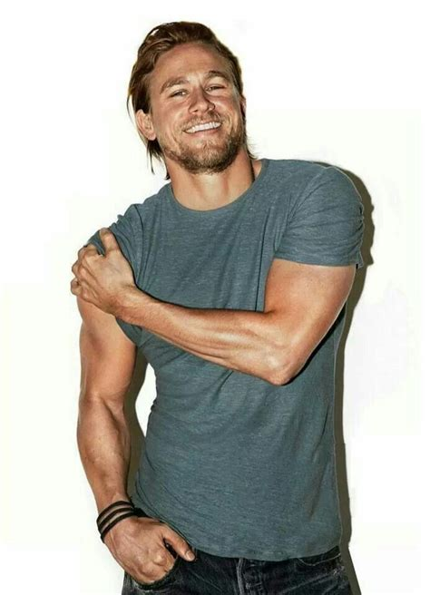 charlie hunnam tattoo 23 of the sexiest hunnam pictures out there eye