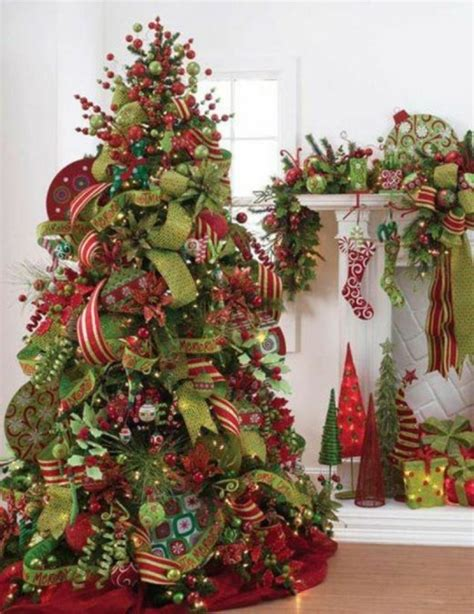 christmas trees decorated professionally how to decorate a