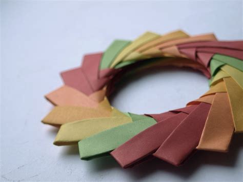 Circle Origami - origami circle 1 by chaaarli on deviantart