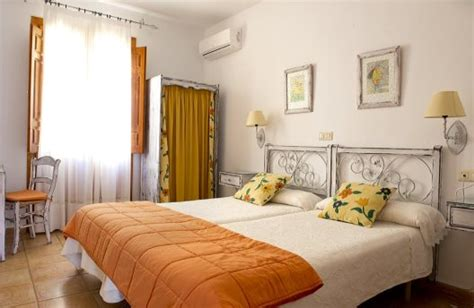 la casa de pasaron hotel rural la casa de pasar 243 n pasar 243 n de la vera c 225 ceres