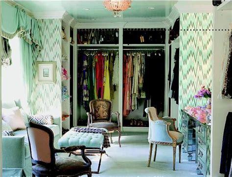 closet mirrored wallpaper dressing room dream mint dressing room lush wallpaper pinterest