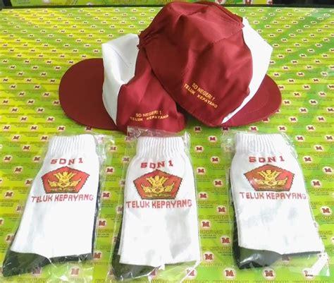 Topi Joshua Dan Kaos Kaki jual kaos kaki sekolah dengan logo nama sekolah pesan