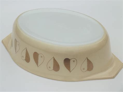 heart pattern dishes golden hearts vintage pyrex casserole dish gold heart