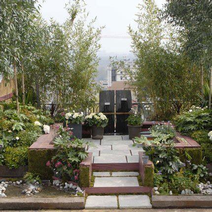 un jardin naturellement charmant