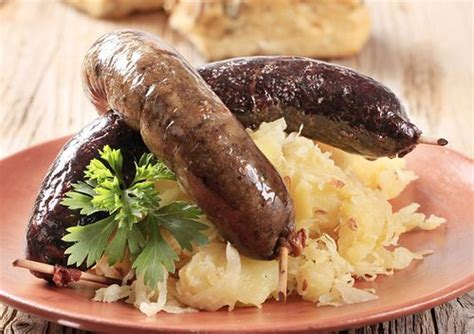 bratwurst and sauerkraut beer bratwurst and sauerkraut recipe sparkrecipes