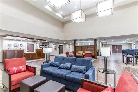 Comfort Suites Omaha by Comfort Suites West Omaha In Omaha Hotel Rates Reviews