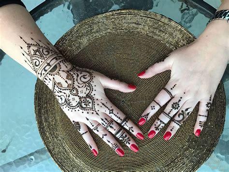 henna design classes in dubai henna academy dubai dubai henna by sara