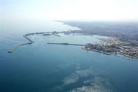 bari porto bari porto nuovo harbor in bari puglia italy harbor