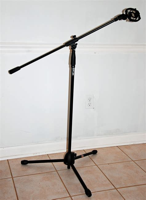 A Stand File Tripod Microphone Stand Jpg Wikimedia Commons