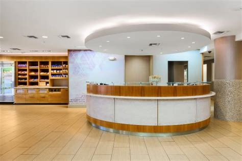 front desk picture of springhill suites flagstaff