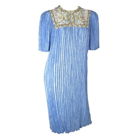 Mary Mcfadden Pleated Dress With Beading For Sale At 1stdibs Mcfadden Fashion Designer Encyclopedia Clothing