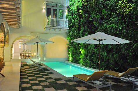 schöne hinterhof pools effektvolle poolgestaltung im garten