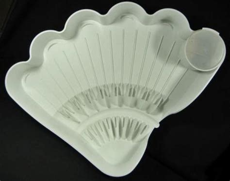 Large Shell Tupperware tupperware dish drainer tupperware