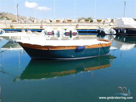 gozzo usato cabinato vendita barche a motore cantiere navale gozzo