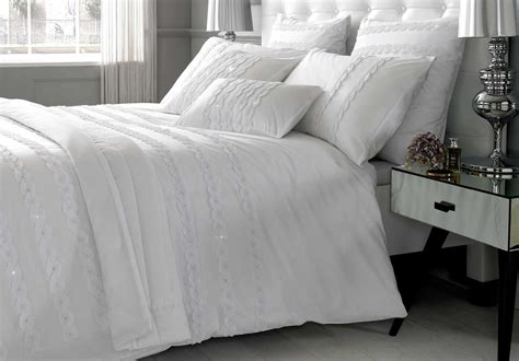what is the best material for bed sheets how to recreate a hotel bed experience in your home