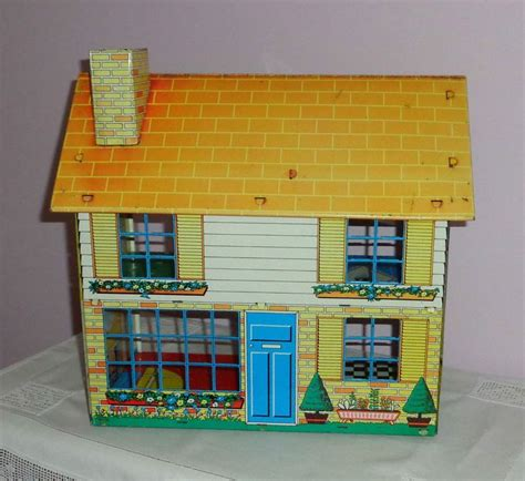 tin doll houses 1000 images about tin doll houses on pinterest doll houses dollhouses and tins